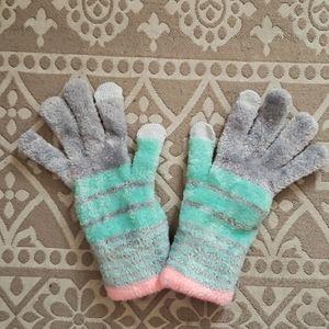 So winter plush gloves multi color